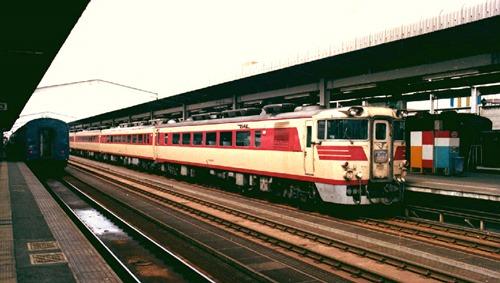 19830320C04