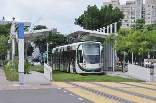 LRT-10