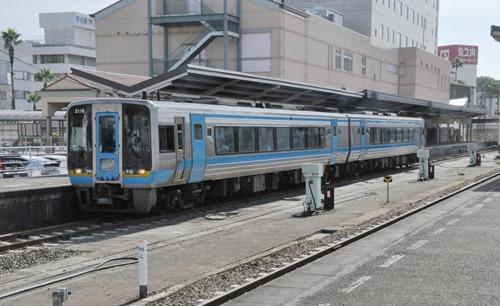 uwj-06