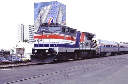 AM512-1