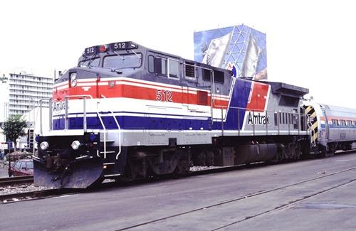 AM512-3