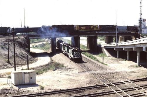 BN7028-1