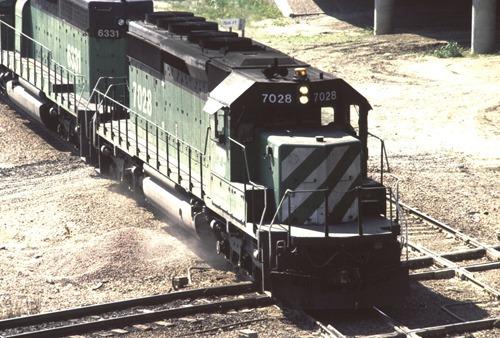 BN7028-2